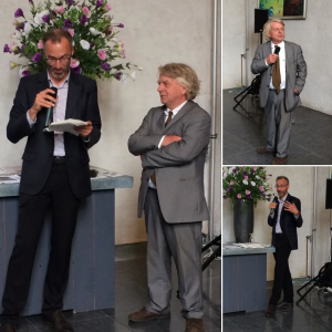 Ignobelist Pek van Andel receiving the first copy of Darwins Peepshow